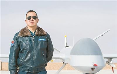 从有人战斗机转型到无人机飞行是种什么样的体验
