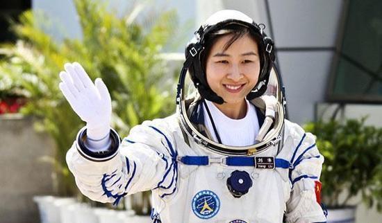 """""""中国首位女宇航员""""刘洋的职务有多高?她的现状如何?"""