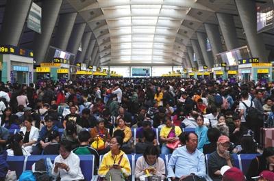 北京铁路局国庆共发送旅客1235万人次