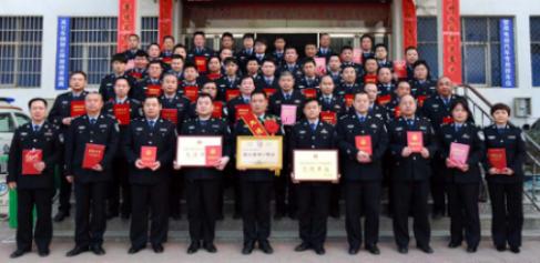 """河南鹿邑县公安局交警大队""""党建带队建促业务""""成效显著"""