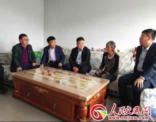 内蒙古自治区准旗联社:深入基层帮扶 助推脱贫攻坚