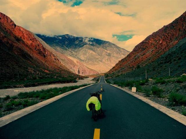 去西藏是搭车好还是拼车好