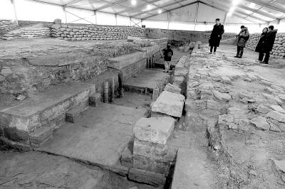 圆明园公布大宫门考古遗址发现成果