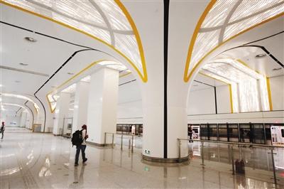 北京轨道交通新机场线一期试运行