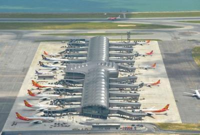 香港机场7月份接待旅客670万人次 货运量减少7.3%