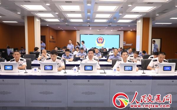【忠诚保大庆】湖南交警全力推进保大庆交通安保冲刺攻坚行动