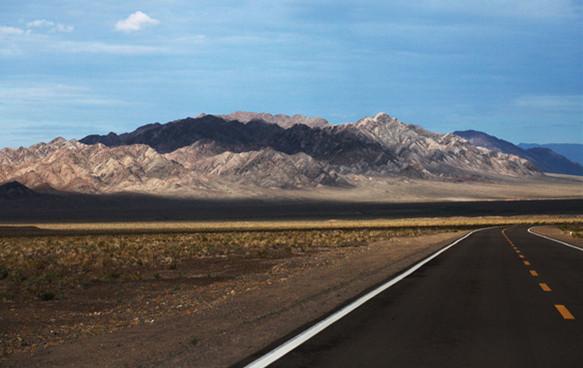 提升公路建设 保障高质交通 ——全面提高兵团维稳戍边能力