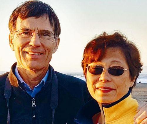 美联航再现粗暴待客事件 一名华人妇女被无理赶下飞机