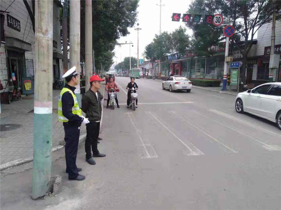 黎城公安交警大队积极推进文明城市创建工作