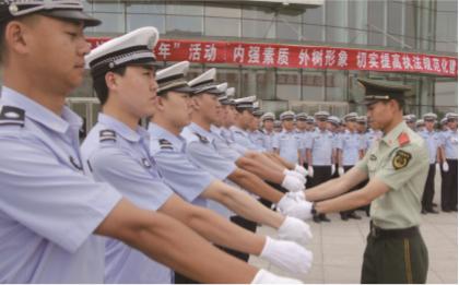 赤峰交警:整饬警风 严明警纪 全面规范队伍执勤执法行为