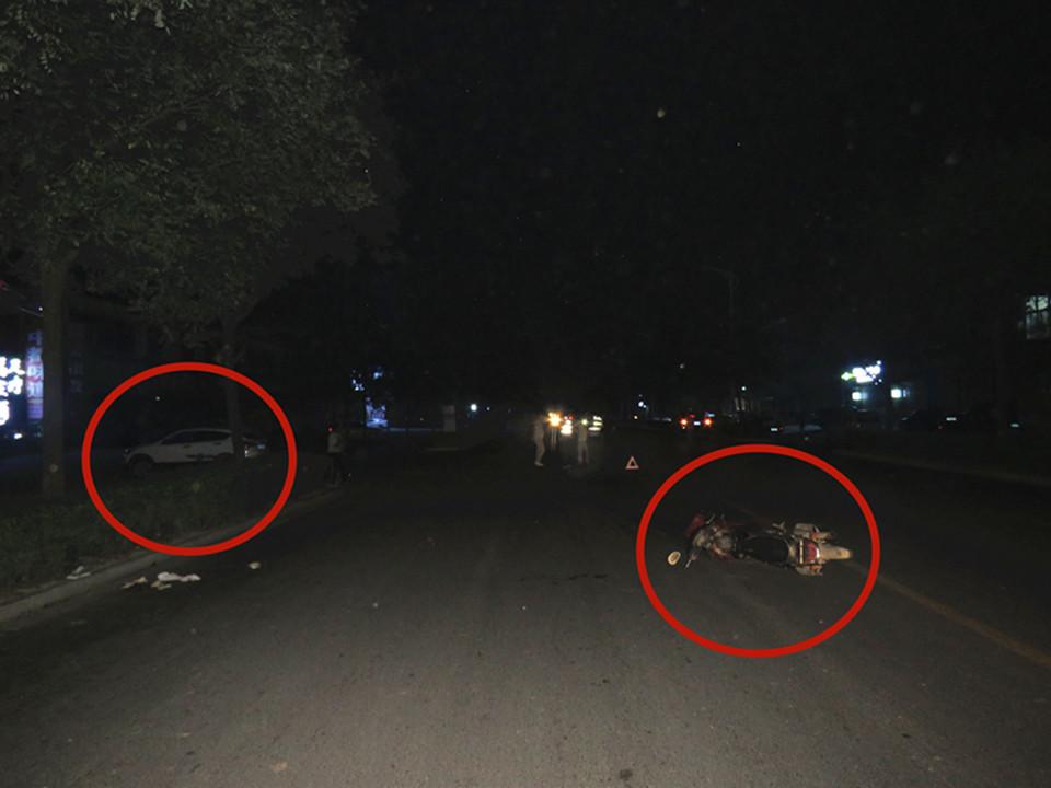 运城永济:路口转弯抢行 酿出伤人车祸