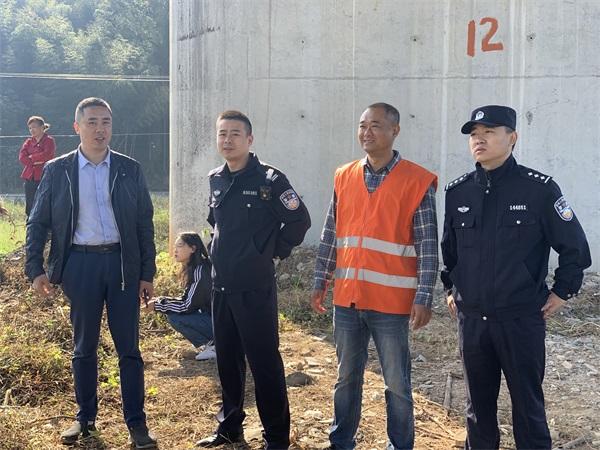 福建福鼎车站派出所强力推进铁路沿线环境整治专项行动