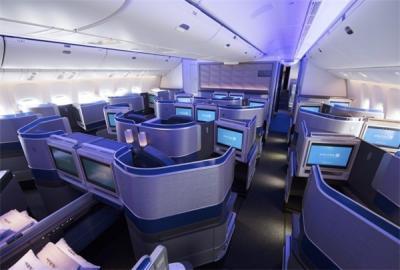 美联航决定削减更多香港航班