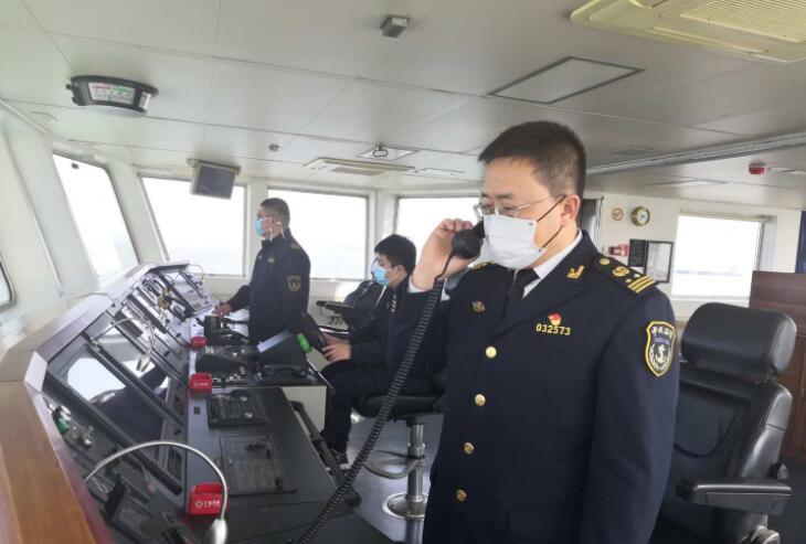 大连旅顺海事处海上巡航助力港航企业复工复产