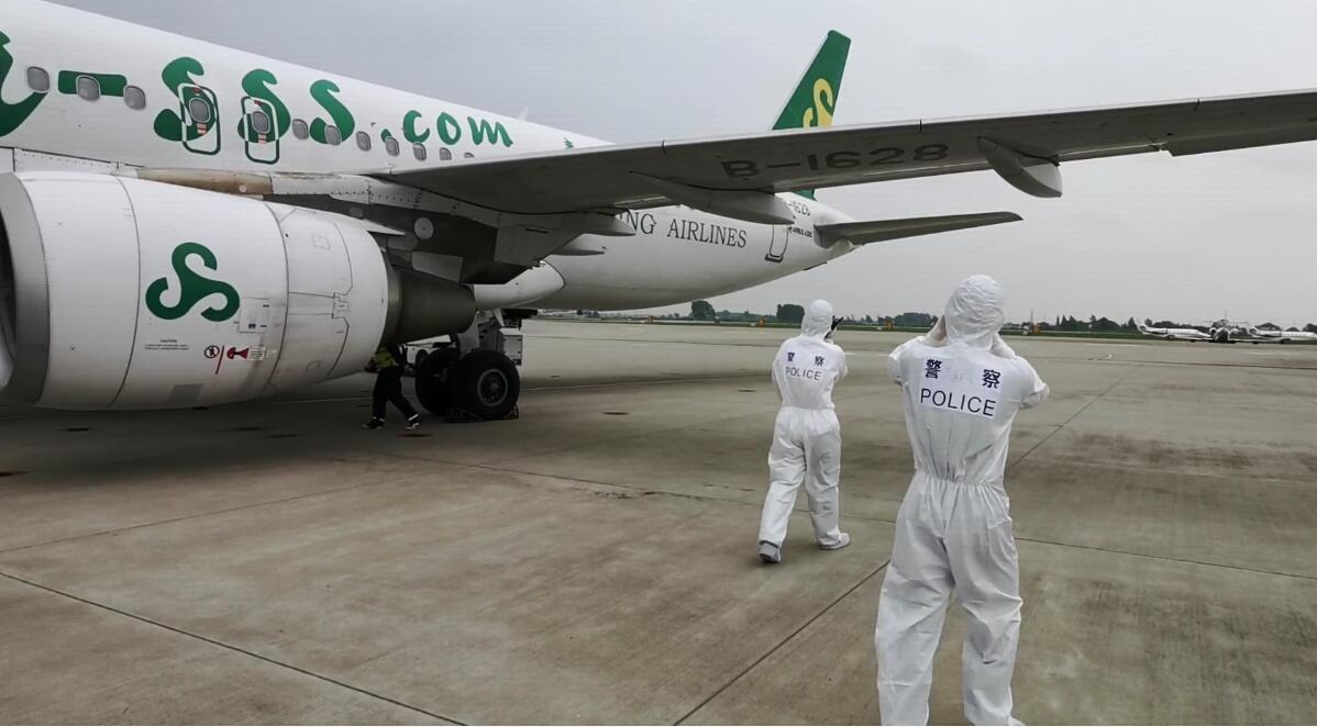 恢复起飞, 扬泰国际机场恢复第一架国际航班