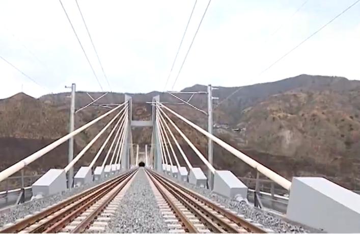 成昆铁路复线米易至攀枝花段通车:全长68公里 设计时速160公里