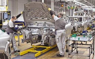 全球汽车业努力复苏 将迎来转型契机