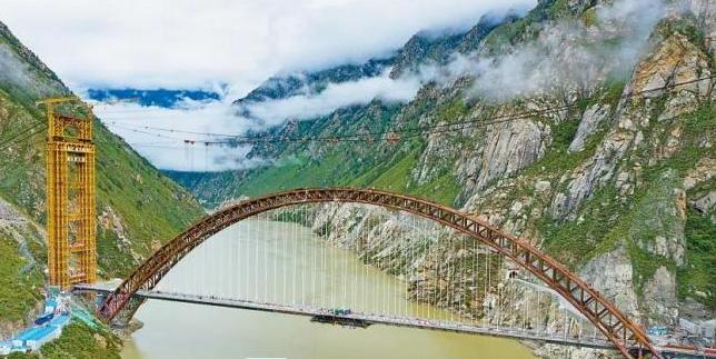 """嗨!中国桥梁""""拍了拍""""你"""