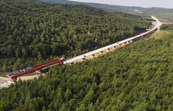 我国最东端高速铁路牡佳客专佳木斯段架梁施工完成