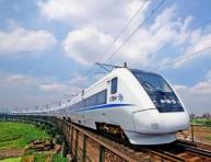 南方暴雨洪水频发 乘高铁出行会有影响吗?