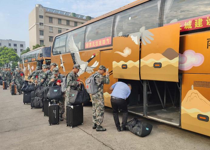 送新兵,踏征程,通州分公司启动新兵运输工作