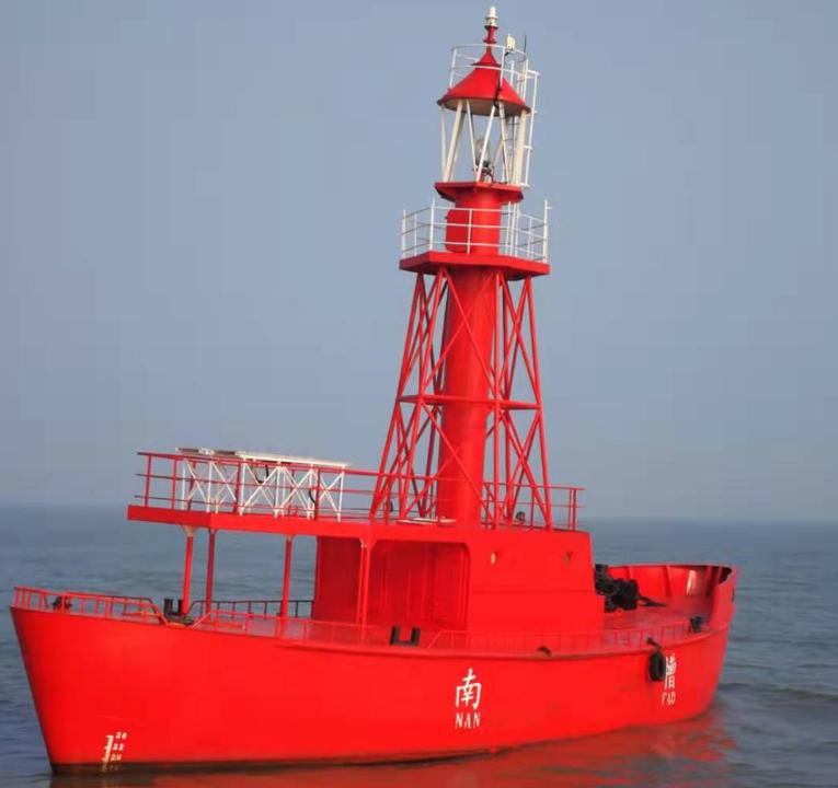 灯船频繁被撞 上海航标处紧急维护