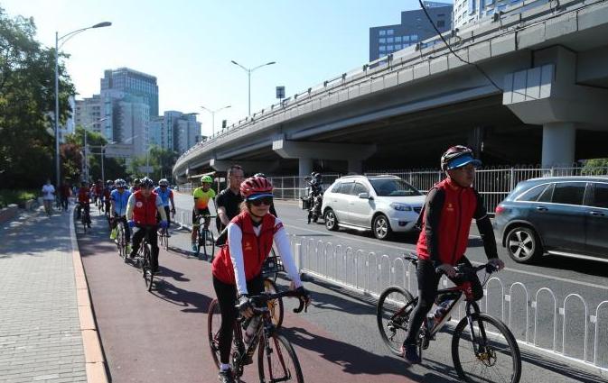 北京号召市民文明骑行 共享单车日均骑行量超300万人次