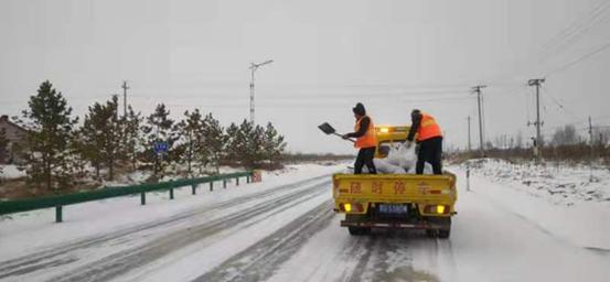 内蒙古敖汉旗交通运输局:以雪为令 保路畅通