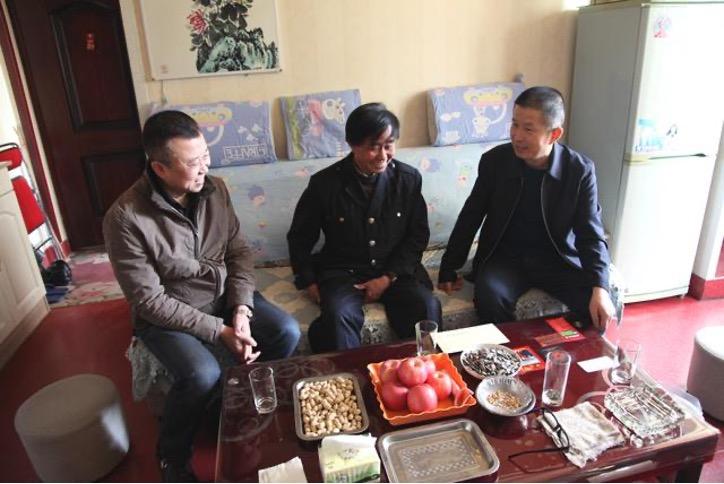陕西延安:交通运输局深入延运集团慰问困难党员
