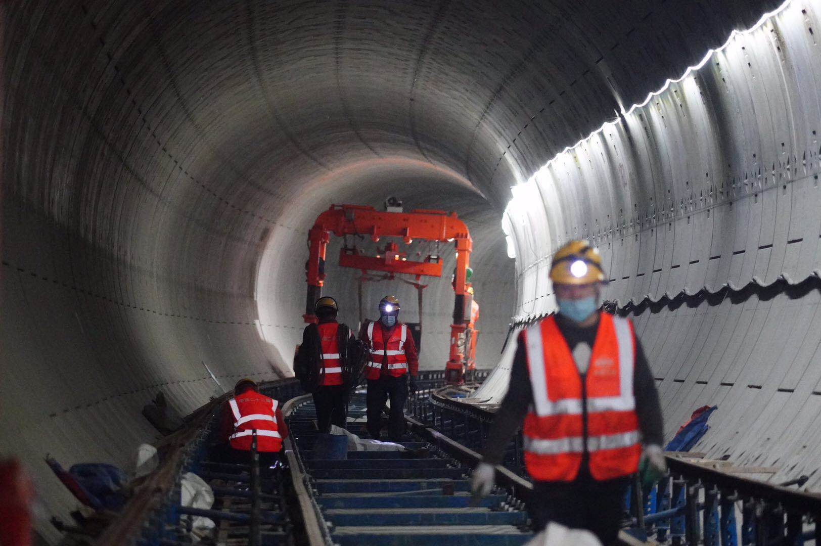 年底开通六座车站!北京地铁17号线南段铺轨有序推进