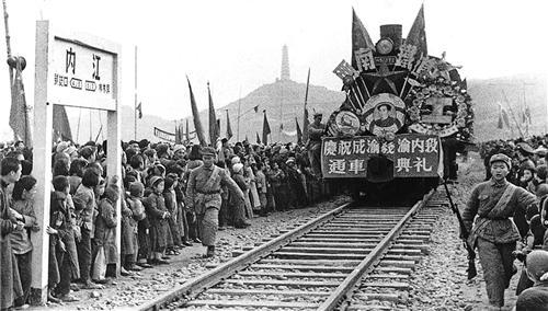成渝铁路:新中国第一条铁路