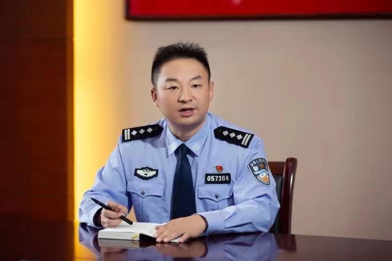 李涛:全国模范车辆管理所的领头人