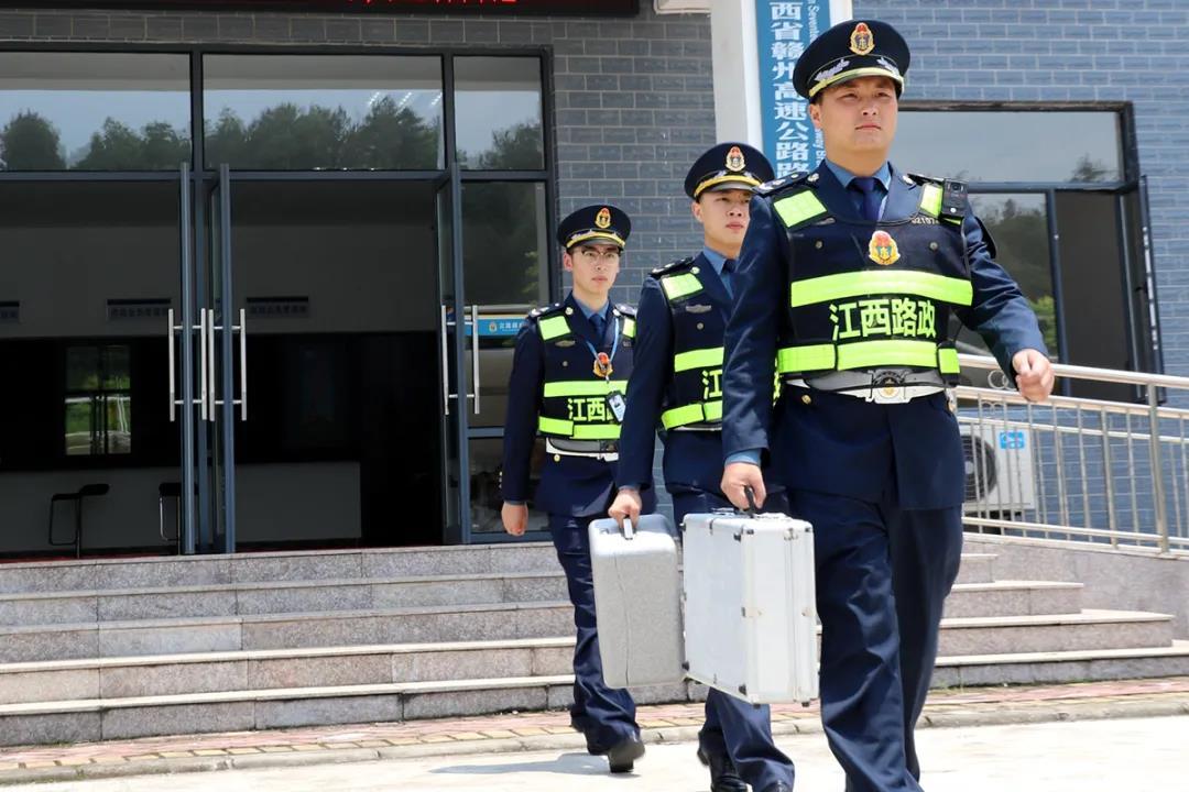 江西省交通运输执法局开展交通运输执法领域突出问题专项整治行动