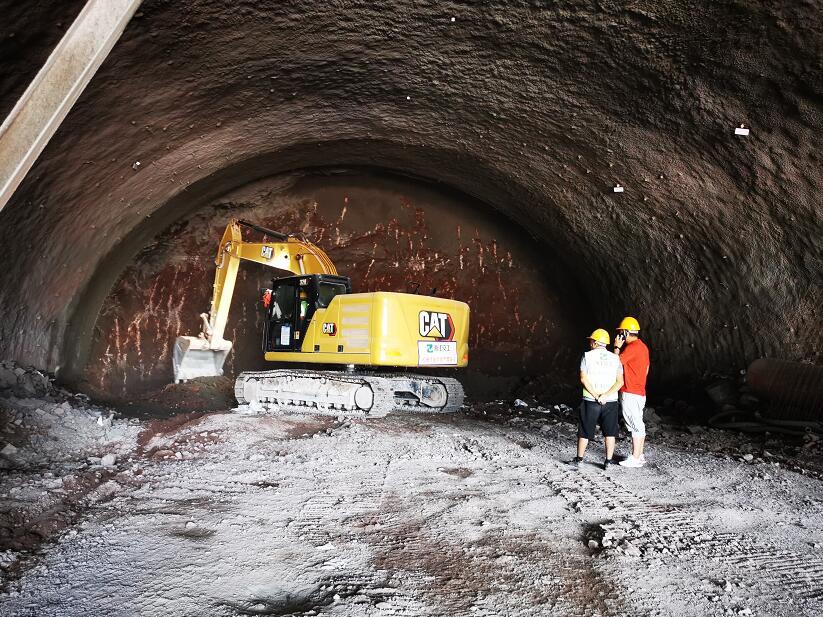 端午假期,浙江兰溪交通建设者依然奋战在工地